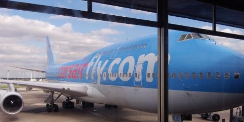 boeing-canada-aeroport-voyage-travel