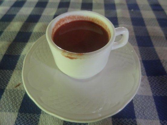 Tasse de chocolat à Baracoa photo blog voyage tour du monde cuba https://yoytourdumonde.fr