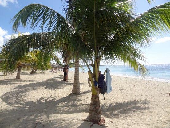 A quelques kilomètre de Cienfuegos à Cuba vous pouvez trouver de magnifique plage de sable blanc, photo blog voyage tour du monde https://yoytourdumonde.fr