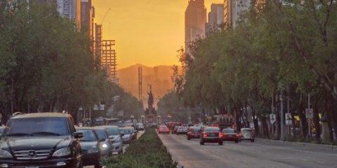 Voile de pollution sur Mexico City photo blog voyage tour du monde travel https://yoytourdumonde.fr