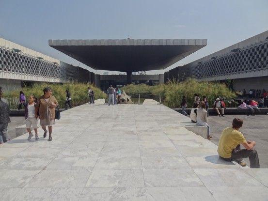 Musée d'anthropologie de Mexico City photo blog voyage tour du monde travel https://yoytourdumonde.fr