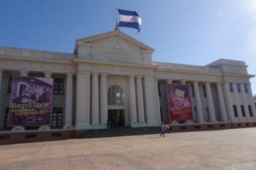 L'ancien palais présidentielle à Managua photo blog voyage tour du monde travel https://yoytourdumonde.fr