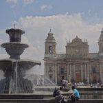 guatemala-plaza-cathedrale-voyage-travel