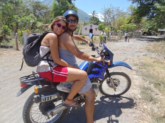 Je conseille très vivement de visiter l'Ile Ometepe en moto photo blog voyage tour du monde travel voyage https://yoytourdumonde.fr