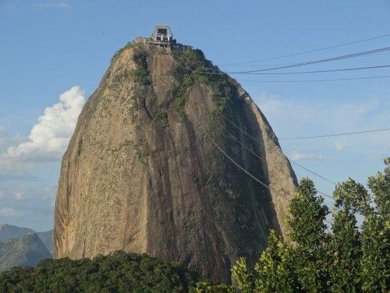 En direction du Pain de Sucre à Rio de Janeiro au Brésil photo blog voyage tour du monde travel https://yoytourdumonde.fr
