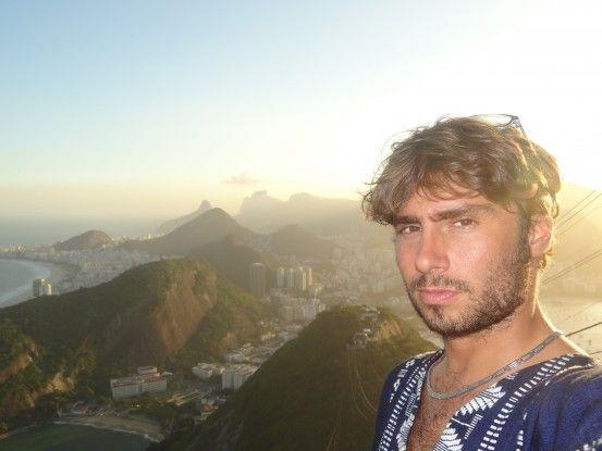 Tout en haut du Pain de Sucre à Rio de Janeiro au Brésil photo blog voyage tour du monde travel https://yoytourdumonde.fr