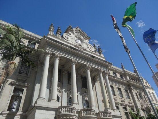 Bâtiment historique dans le centre de Sao Paulo au Brésil photo blog voyage tour du monde travel https://yoytourdumonde.fr