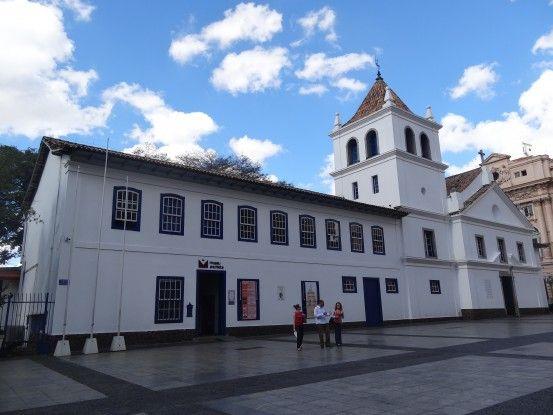 Maison Jésuite créée en 1554 qui fut à l'origine de Sao Paulo photo blog voyage tour du monde travel https://yoytourdumonde.fr
