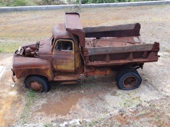 Nouvelle-Caledonie: Mine de Tiebagh ancien camion
