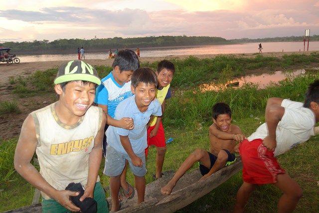 Voyage au Perou-Lagunas: En compagnie des footeux!