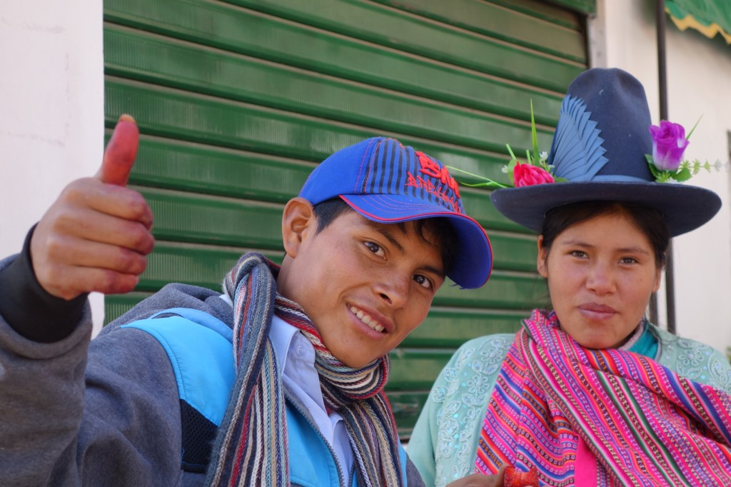 Perou-Huaraz: Il est aisé de faire de superbes rencontre au Perou qui ne sont pas basé sur l'argent! A Huaraz je me suis fais de très très bon ami, article à voir sur mon blog: https://yoytourdumonde.fr/perou-huaraz-les-amis/