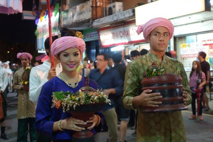 travel-voyage-parade-chiang-mai