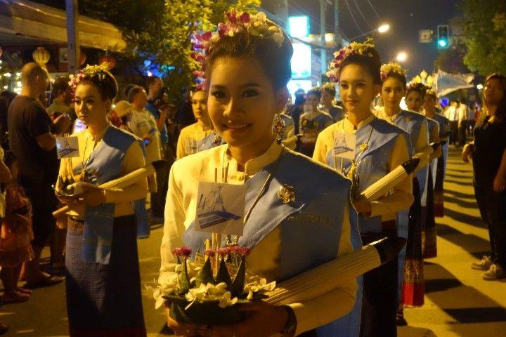 loy-krathong-chiang-mai-travel-voyage