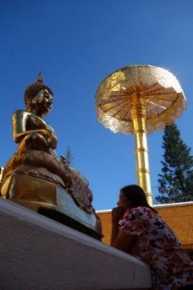 bouddhisme-religion-temple-thailande-travel-voyage