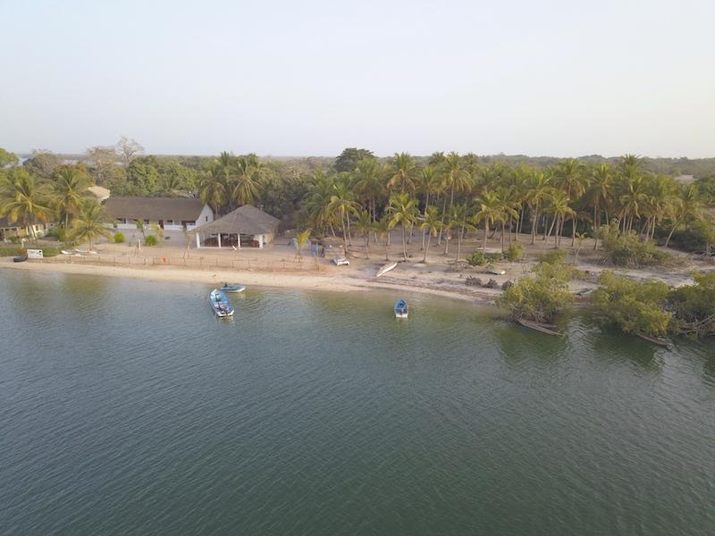 Vue aerienne en drone de l'ile des feticheurs ou ile d'Ehidje au Sénégal en Casamance photo bog voyage tour du monde http://yoytourdumonde.fr