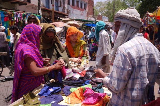 Le magnifique bazar de Fatehpur Sikri en Inde photo voyage tour du monde https://yoytourdumonde.fr