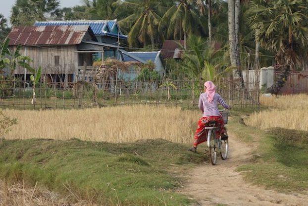 minorité ethnique pres de kampot au cambodge, photo blog tour du monde https://yoytourdumonde.fr