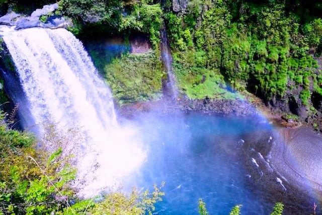 Magnifique cascade de Shiraito à Fujinomiya Photo blog voyage tour du monde http://yoytourdumonde.fr