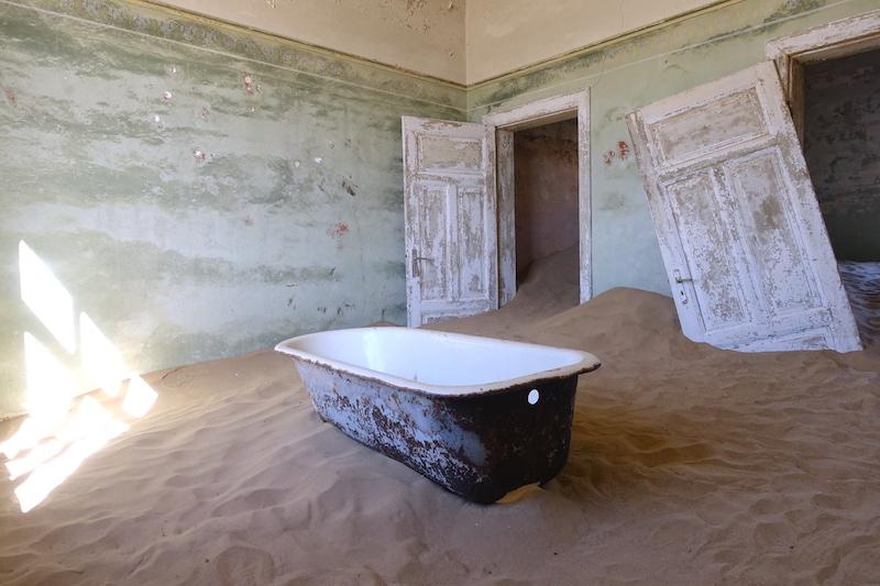 Kolmanskop in Namibia picture