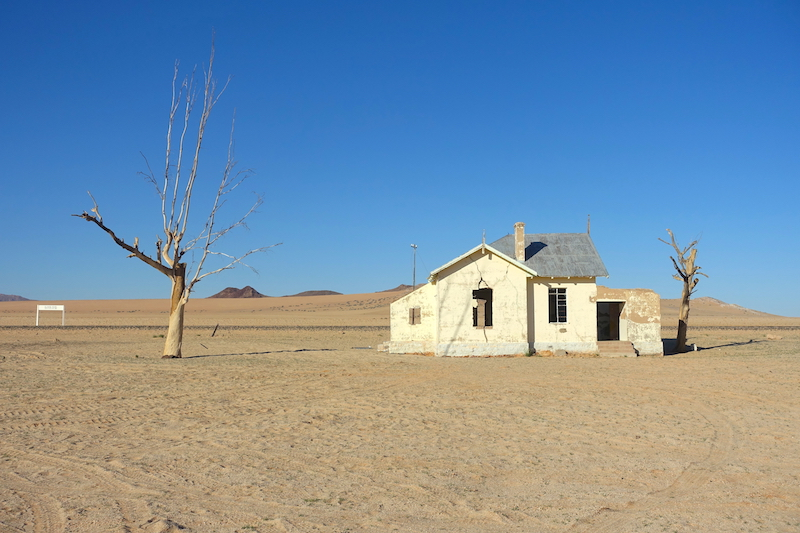 Dans les environs de Luderitz en Namibie photo blog boyage tour du monde travel https://yoytourdumonde.fr