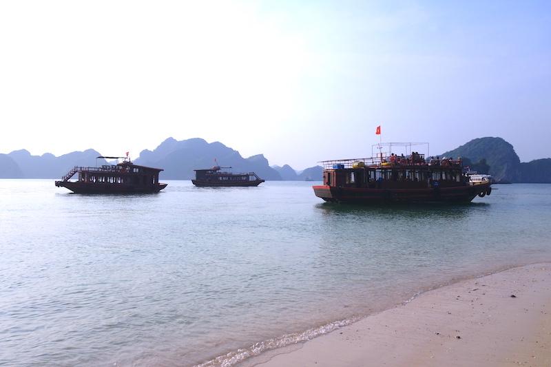 Baie d'halong vientam photo voyage tour du monde http://yoytourdumonde.fr