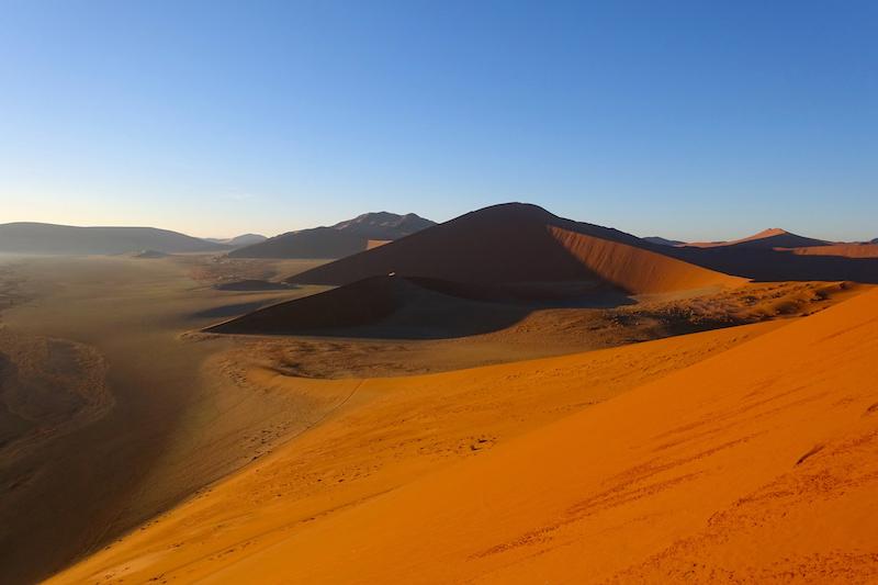 Désert Namib-Naukluft en Namibie photo blog voyage tour du monde travel https://yoytourdumonde.fr