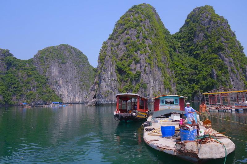 Baie d'Halong voyage tour du monde http://yoytourdumonde.fr