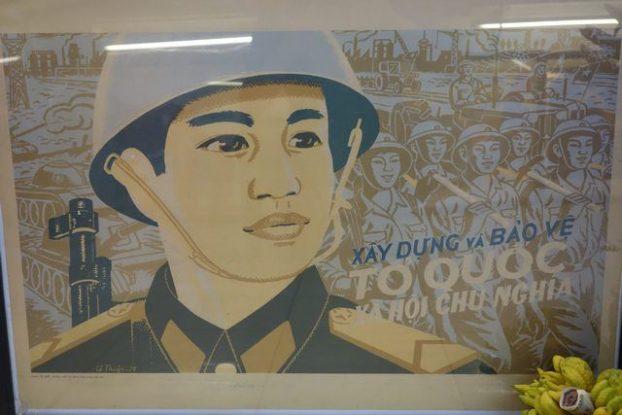 Hanoi-Vietnam: Autres affiches de propagandes.