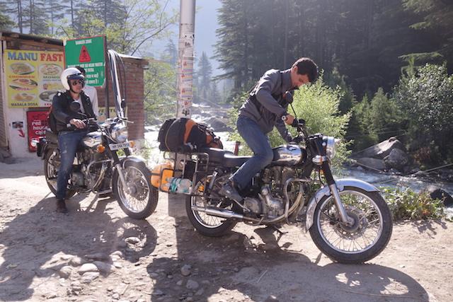Royal Enfield moto inde ladakh photo voyage tour du monde http://yoytourdumonde.fr