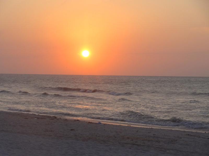Magnifique coucher de soleil à Celestun au Mexique photo blog voyage tour du monde travel https://yoytourdumonde.fr