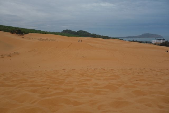 photo du deuxieme desert a quelques kilometre de mui ne dans le sud du vietnam http://yoytourdumonde.fr