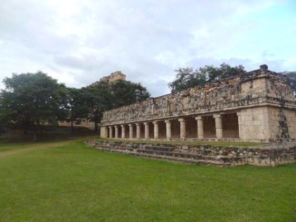 Site maya uxmal mexique photo blog voyage tour du monde https://yoytourdumonde.fr