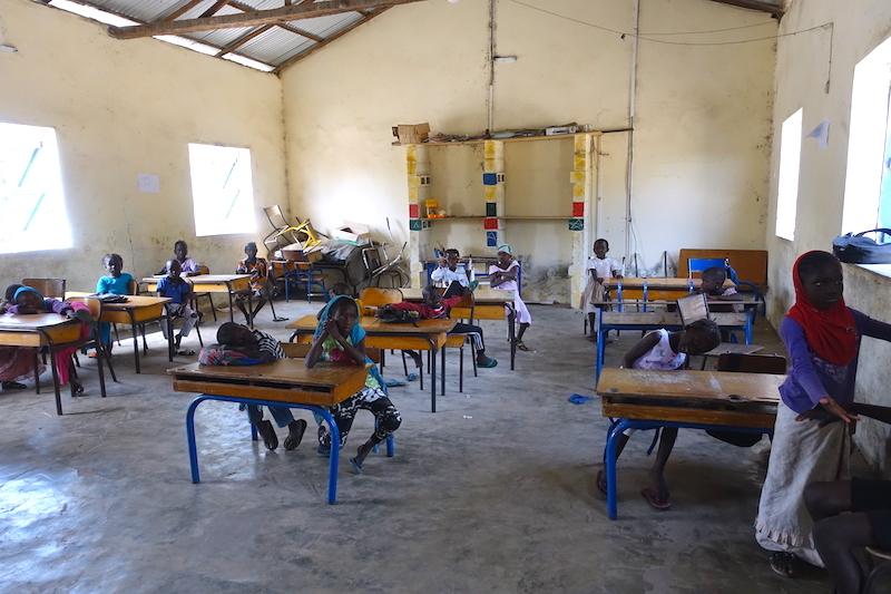 L'ecole de Carabane au Sénégal en Afrique photo blog voyage tour du monde https://yoytourdumonde.fr