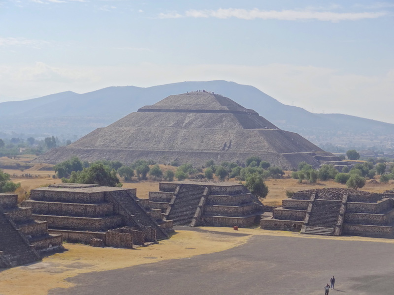 Teotihuacan site archeologique à coté de Mexico City photo blog voyage tour du monde https://yoytourdumonde.fr