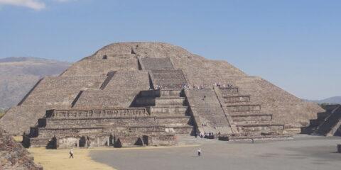 Teotihuacan mexico city blog voyage tour du monde travel https://yoytourdumonde.fr