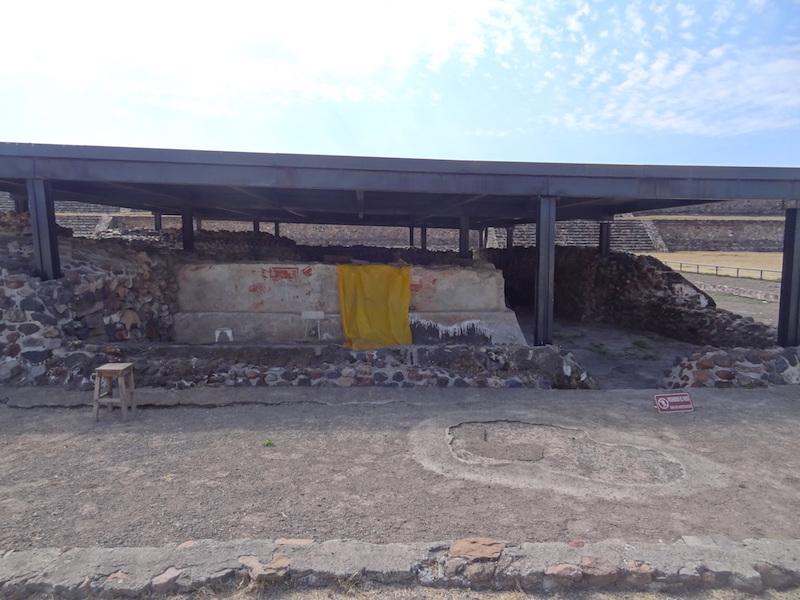 Recherche archéologique de Teotihuacan photo blog voyage tour du monde travel https://yoytourdumonde.fr