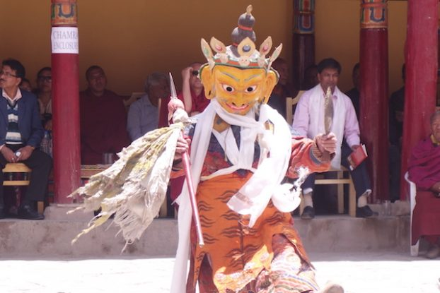 Emmis temple fete culturelle bouddhiste et tibétaines dans un temple du Ladakh photo blog voyage tour du monde https://yoytourdumonde.fr