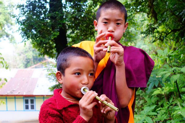 moines-bouddhistes-sikkim-india-inde-travelling-voyage