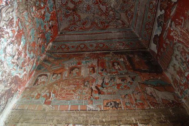 Peinture dans les temples et stupa de myint pres de monywa en birmanie ou myanmar photo blog voyage tour du monde https://yoytourdumonde.fr