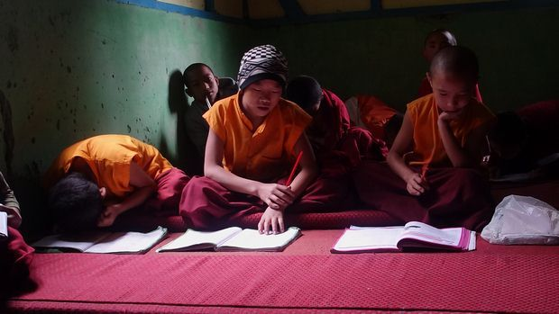 sikkim-bouddhisme-moine-ecole-tibet-travelling-voyage