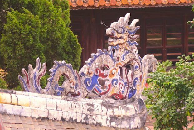Dragon vietnam hué photo blog voyage tour du monde https://yoytourdumonde.fr