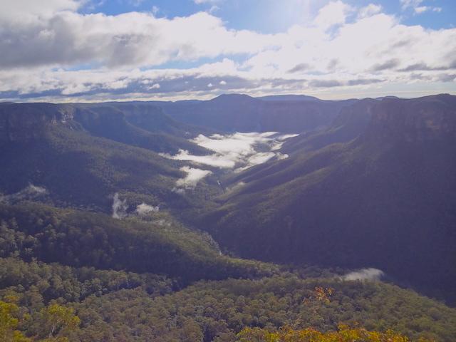 Randonnée au Blue Mountains photo blog voyage tour du monde https://yoytourdumonde.fr