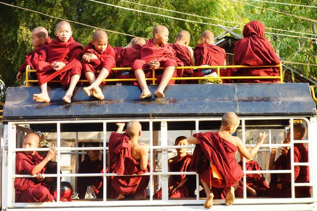 celebration-bouddhisme-birmanie-myanmar-travelling-voyage