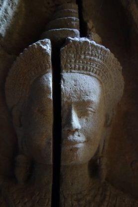 Devatas très presente dans les temples d'Angkor notamment à Angkor Vat et Baylon