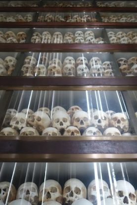 stupa priere du cote de killing fields au cambodge photo voyage blog https://yoytourdumonde.fr