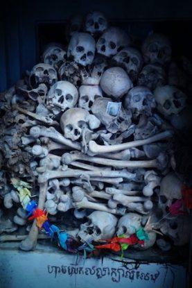 Pol Pot à fait des millions de morts des fausses communes ont été decouverte du coté de Battambang au Cambodge photo blog https://yoytourdumonde.fr