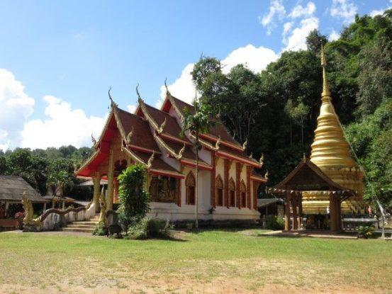 travel-voyage-temple-bouddisme