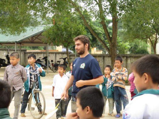 travel-voyage-vulinh-dao-vietnam-minorite-ethnie-sport-badminton