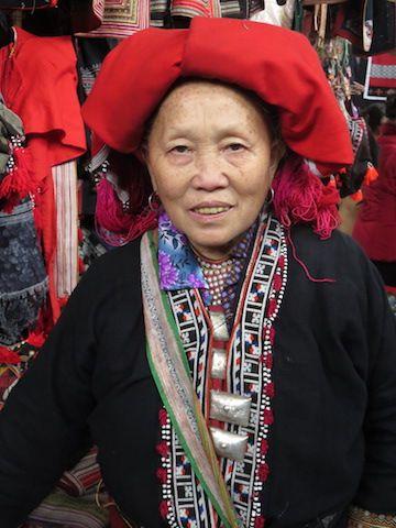 travel-voyage-sapa-vietnam-marche-photo-portrait-artisanal-minorite-ethnique