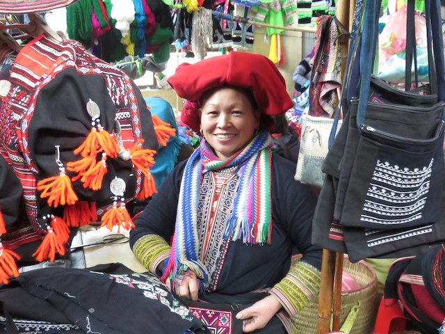 travel-voyage-sapa-vietnam-marche-local-artisanal-minorite-ethnique-commerce